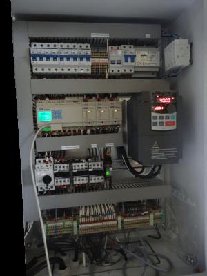 manipulateur de claies armoire électrique