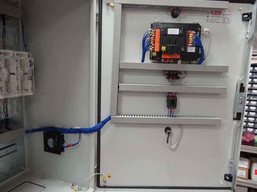 armoire électrique pour banc de pompage